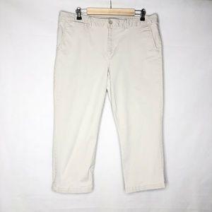 Eddie Bauer Straight Leg Curvy Crop Capri Pants